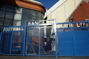 Les Rangers en enfer dans Football 1695892_highres-00000403112011-300x199